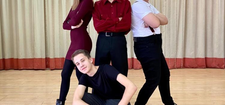 Команда «КВН –Витязь» приняла участие в юнармейском фестивале «КВН – онлайн»