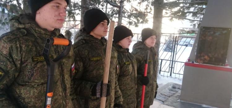 Трудовой десант. Военно-патриотический клуб «Витязь»